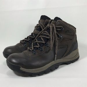 Columbia Newton Ridge Waterproof Hiking Boots